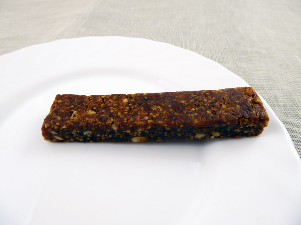 Batonėlis Simply Raw: Almond & Inca Berry (Migdolai ir peruvinės dumplūnės), 40 g