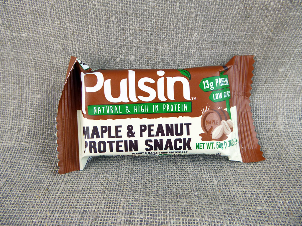 """Batonėlis """"Pulsin: Maple & Peanut Protein Snack"""" (Su žemės riešutais ir klevų sirupu)"""