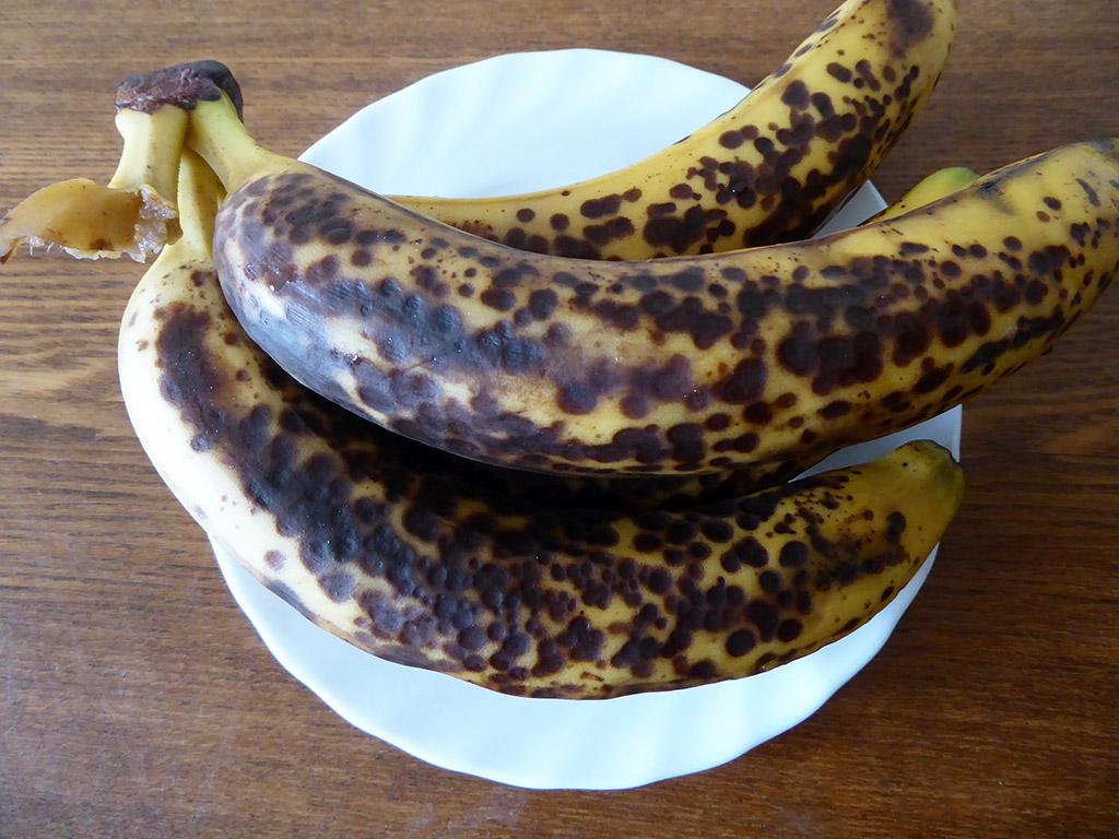 Prinokę bananai